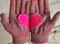 imagen Guantes con corazones de fieltro