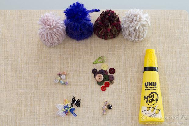 Mini gorritos de lana 2