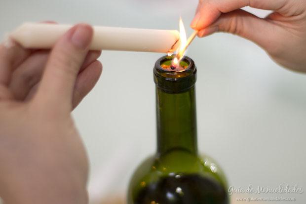 Portavela navide o reciclando botellas de vidrio gu a de - Botellas con velas ...
