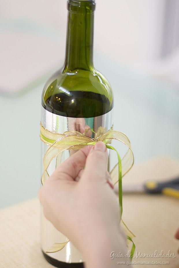 Portavela navideño con botellas 7