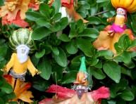 imagen Duendes de fantasía para que los chicos jueguen en el jardín