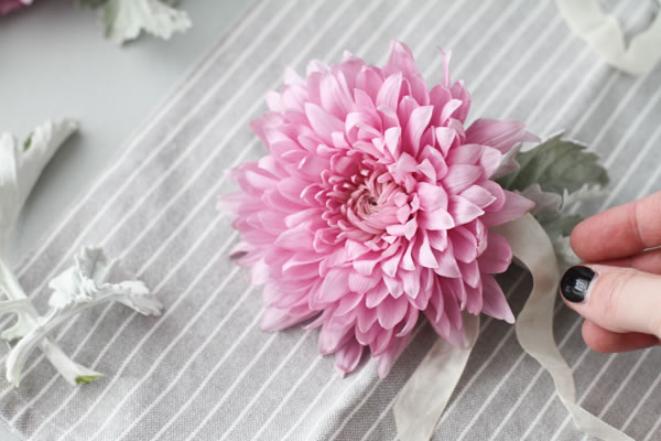 Gancho cabello con flores 1