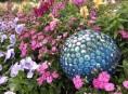 imagen Esferas decorativas para el jardín