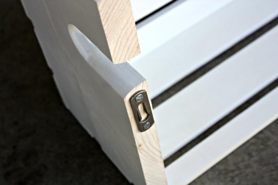 Caja de madera como estantería 6