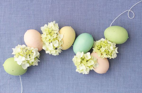 Guirnalda de huevos y flores 1