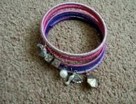 imagen Cómo hacer brazaletes de charms
