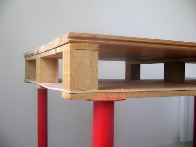 Mesa con un palet 4