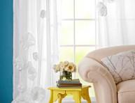 imagen Flores de tela DIY para decorar cortinas