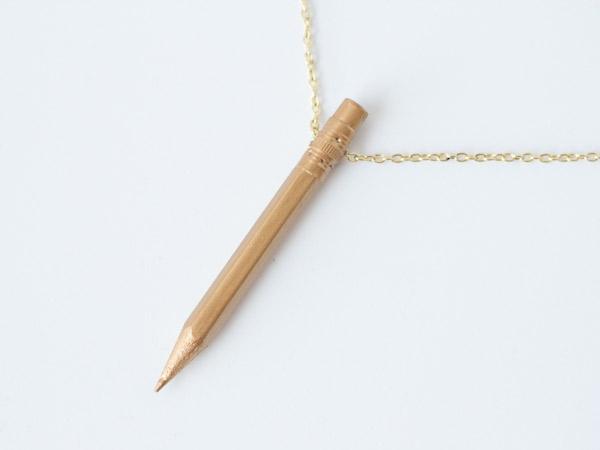 Colgante con lápices 4