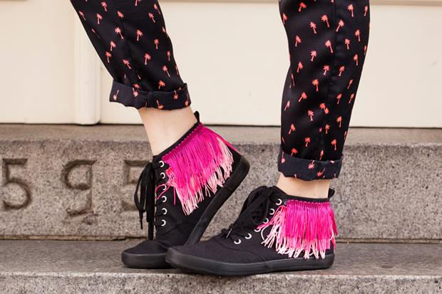 Zapatillas con flecos 1