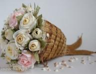 imagen Un dulce ramo de flores de papel
