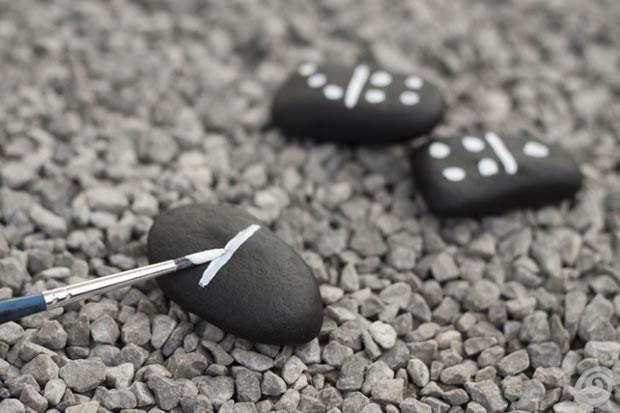 Dominó con piedras 3