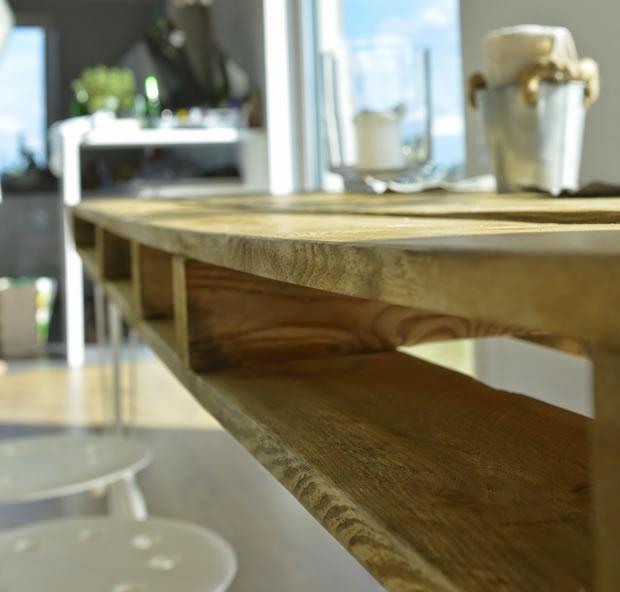 Mesa de comedor con un palet gu a de manualidades for Mesa de comedor con palets