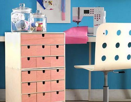 Organizador f cil para el cuarto de manualidades gu a de for Mueble organizador de costura