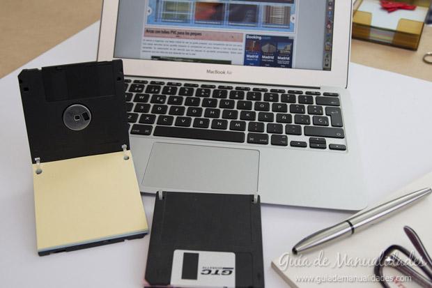 Anotador con diskettes 11