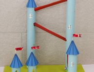 imagen Castillo para canicas con tubos de cartón