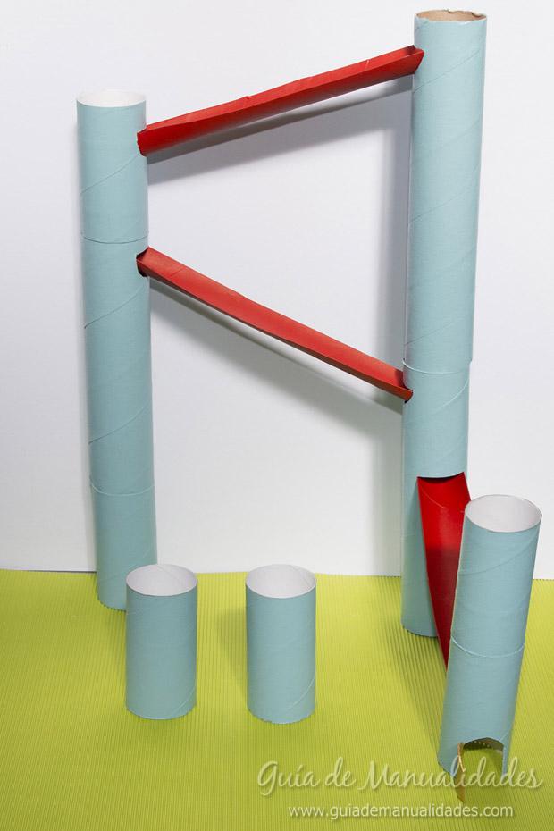 Castillo con tubos de cartón 21