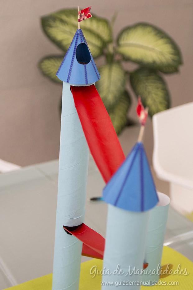 Castillo con tubos de cartón 26