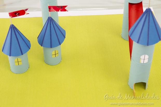 Castillo con tubos de cartón 28