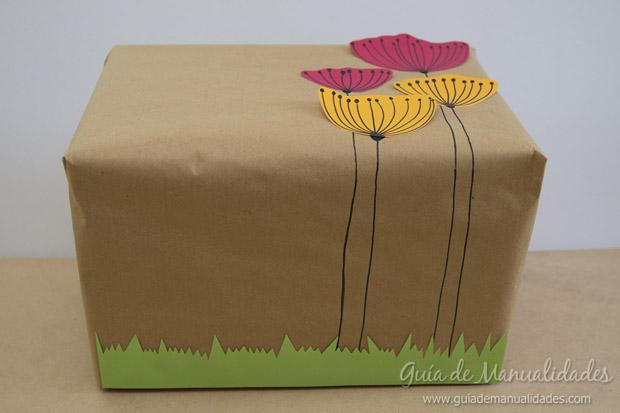 Envoltorio regalos con flores 16