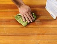imagen Cómo reparar arañazos en los suelos de madera