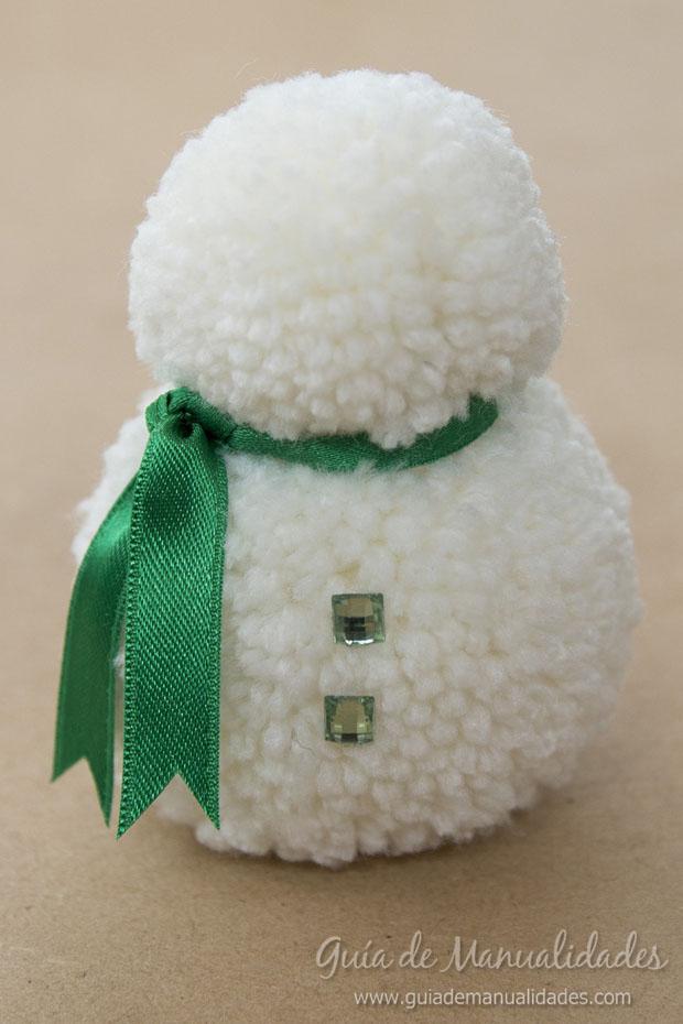 Muñeco de nieve con pompones 6