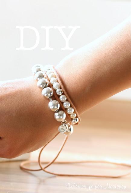 Brazalete de perlas y cuero 1