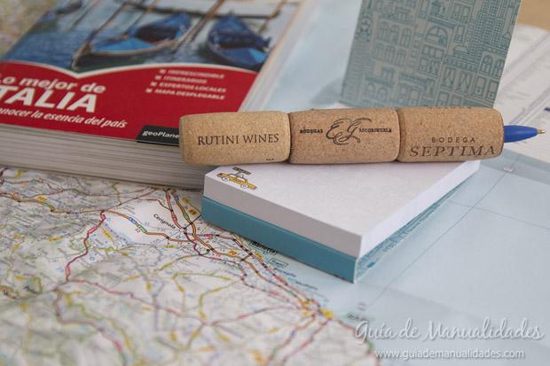 Bolígrafos con corchos