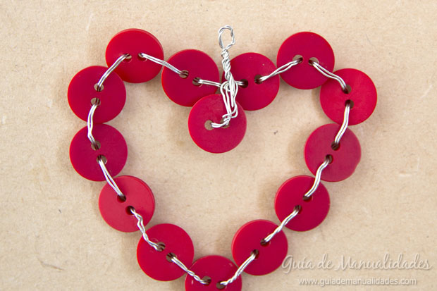 Corazón DIY de botones 6