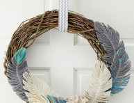 imagen Corona de plumas para decorar puertas