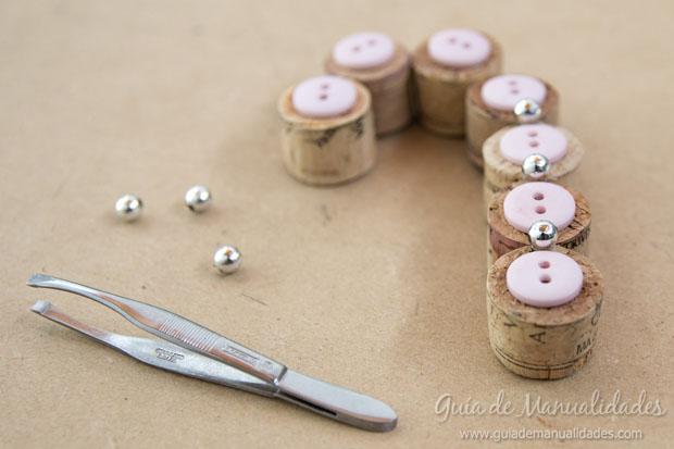 Adornos DIY con corchos 6