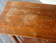 imagen Fácil remedio para recuperar viejos muebles de madera