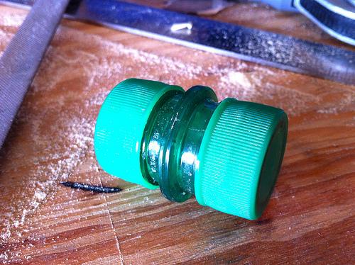 Envase hermético con botellas plásticas 1