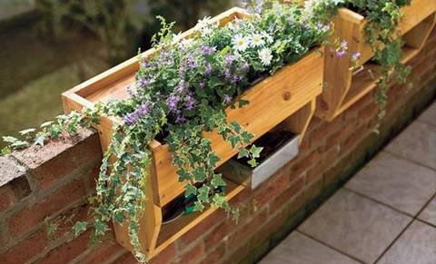 Jardineras colgantes de madera 7