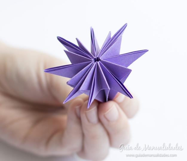Lirio de agua origami 9