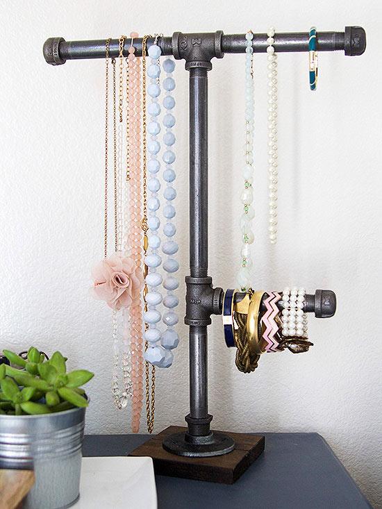11 organizadores de bijouterie que puedes hacer t misma - Para colgar collares ...