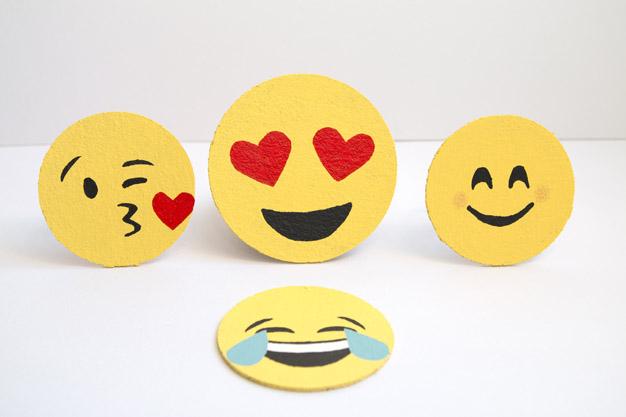 Cómo Hacer Emojis Posavasos Guía De Manualidades