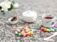 imagen Posavasos multicolor con pompones