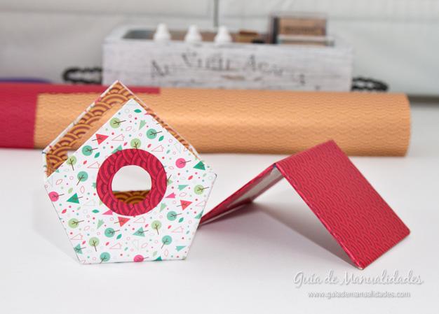 Casa pájaros cartón 16