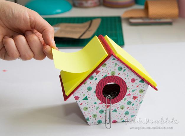 Casa pájaros cartón 19