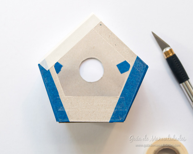 Casa pájaros cartón 6
