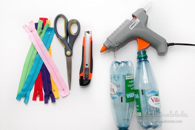 Estuches con botellas pl sticas gu a de manualidades - Manualidades con botellas de plastico faciles ...