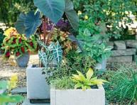 imagen Cómo hacer jardineras con losetas de cemento