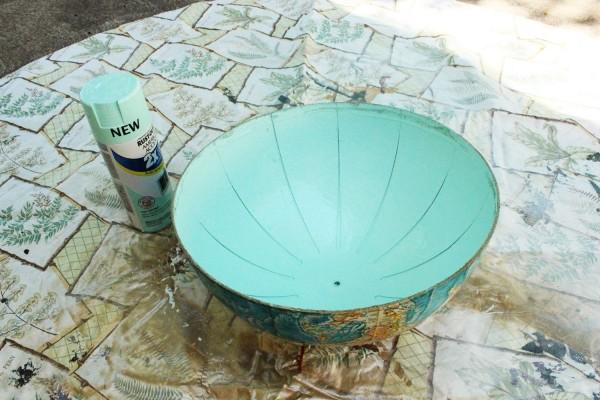como-hacer-una-lampara-con-un-globo-terraqueo-05