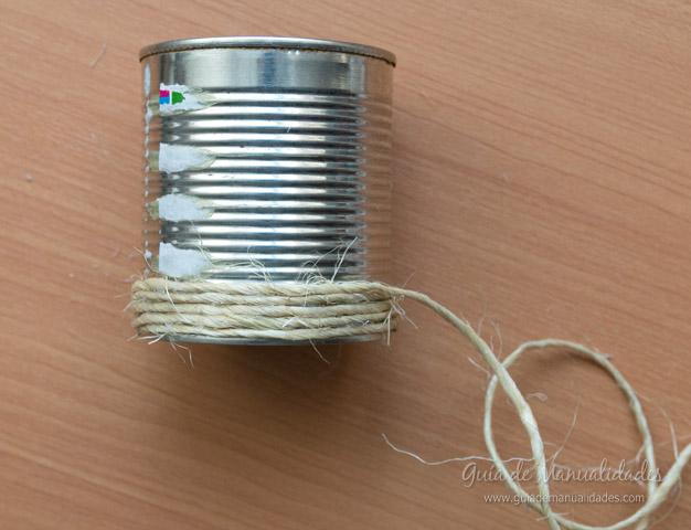 Lapicero con latas 4