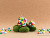 imagen Adornos navideños con pompones