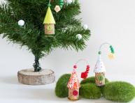 imagen Casitas de aves con corchos para el árbol de Navidad