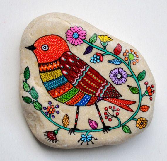 Consejos pr cticos para pintar piedras gu a de manualidades for Cuadros hechos con piedras