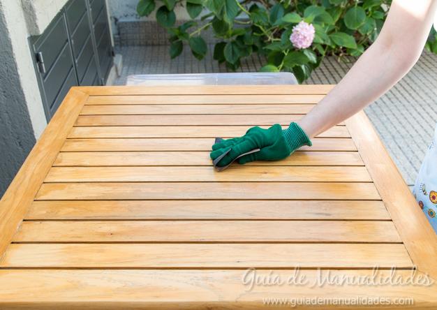 Mesa de madera decapada 2