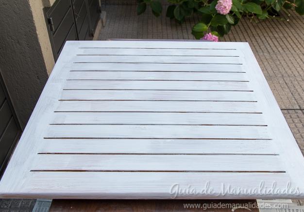 Mesa de madera decapada 7